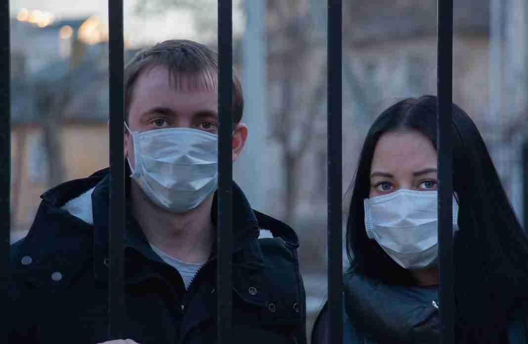 Mascherina sempre con sé: l'obbligo in Sicilia dal 18 maggio