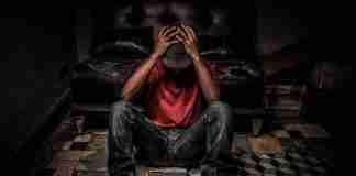 Un giovane disoccupato, e disperato