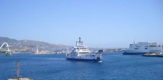 Stretto di Messina, traghetti in transito